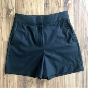 Aritzia Babaton Dress Shorts